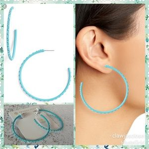 Kendra Scott Jewelry - Kendra Scott Val Hoop Earrings